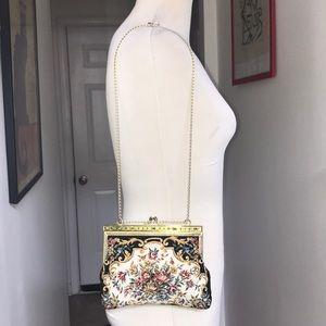 Vintage Mini Tapestry Shoulder Bag 😘